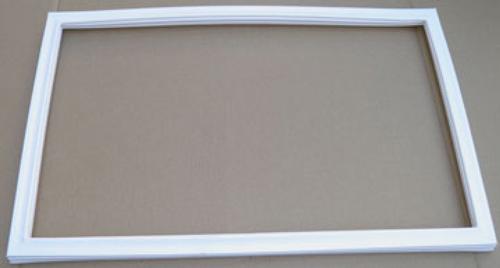 Уплотнитель резиновый для холодильника Snaige FR240