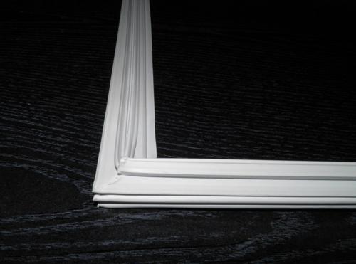 Резина двери Snaige RF31, RF35, RF42, RF46 (для холодильного отделения)