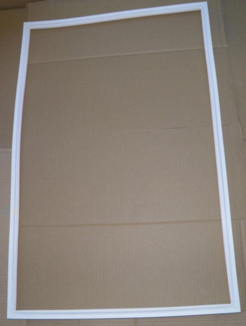 Резинка для холодильника Snaige RF 310
